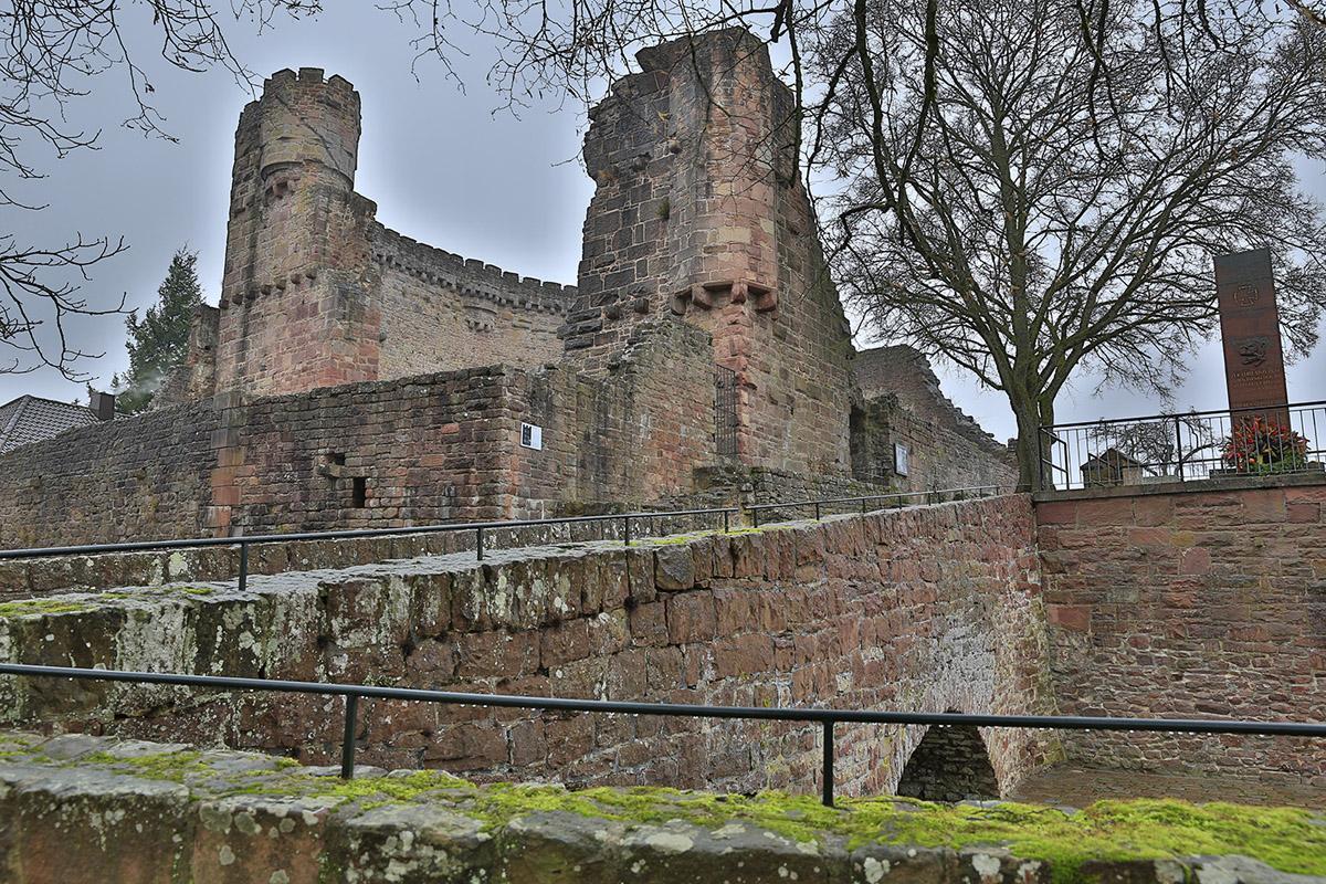 Ansicht der Burgfeste Dilsberg; Foto: Staatliche Schlösser und Gärten Baden-Württemberg, Markus Schwerer