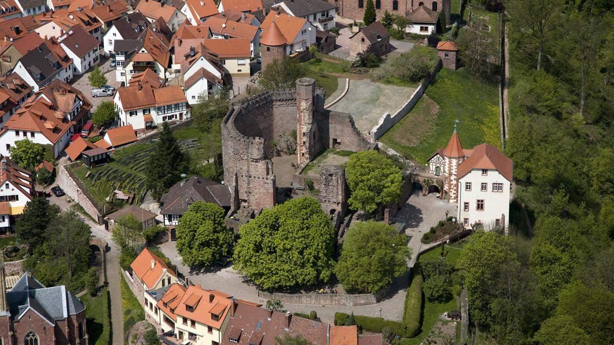 Dilsberg Fortress Ruins; photo: Staatliche Schlösser und Gärten Baden-Württemberg, Achim Mende