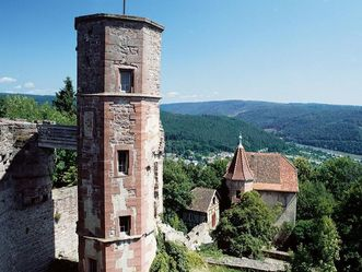 Luftaufnahme der Burgfest Dilsberg