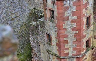 Detail des Treppenturms der Burgfeste Dilsberg