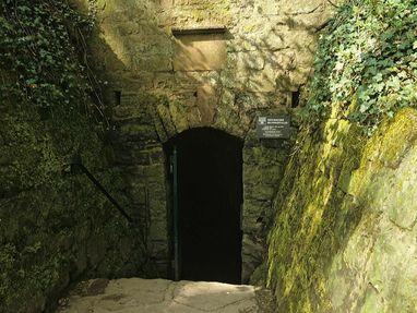 Burgfeste Dilsberg, Eingang zum geheimen Gang